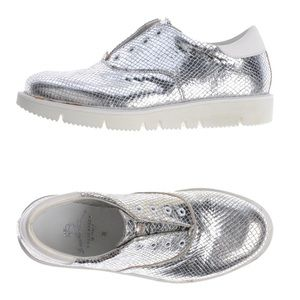 Leather Crown Silver Snakeskin Sneakers Size 40